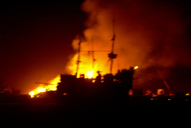 La Contessa during the temple burn